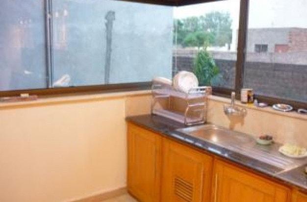 zlewozmywak w domowej kuchni