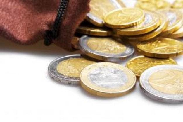 pieniądze wypadające z portfela