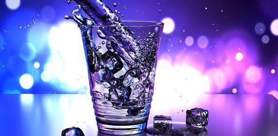 zdrowa filtrowana woda
